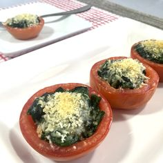 Roasted Tomatoes with Spinach and Tomatoes is not only quick and easy, but absolutely healthy and delicious as well.