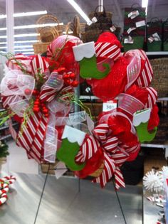 Christmas mesh  wreath by kristy@michaels 1091