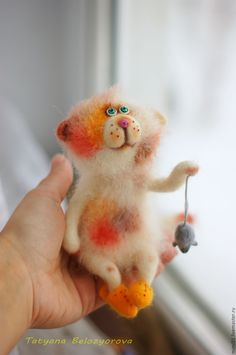 Needle felted cat and tiny mouse by Belozerova Tatiana  from Russia
