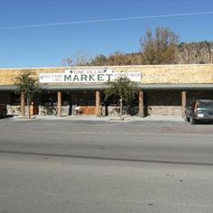 Stone Village Market in Fort Davis for natural foods and deli sandwiches and soups to go. Look for Fort Davis Village Farms tomatoes Fort Davis, Deli Sandwiches, Natural Foods, West Texas, Family Camping, Places To Eat, Farms, Tomatoes, Soups