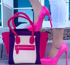 Street Style - Pink Pumps