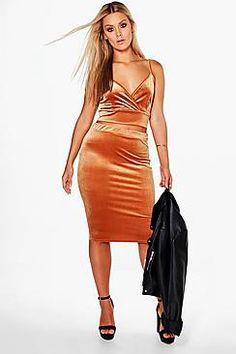 Plus Isabelle Velvet Bralet + Skirt Co-ord