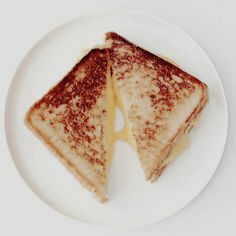 Nothing like a REAL grilled cheese. Skam Isak, Finn Hudson, Jane The Virgin, Phineas And Ferb, Glee, Infp, The Best, Thats Not My, Sandwiches
