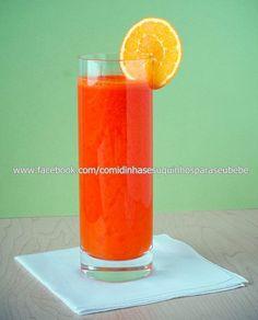 SUCO DE MELAO,LARANJA E CENOURA  Ingredientes :   Metade de um melão 1 cenoura 4 laranjas  Modo de fazer :   Descasque as laranjas,retire a casca do melão,corte a cenoura em fatias Coloque tudo no liquidificador e bata por 30 seg. Ofereca ao bebe imediatamente para que nao perca as vitaminas.