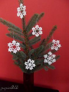 tatting lace snowflakes,  śnieżynki frywolitkowe
