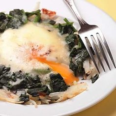 Here's a super-quick all-in-one-skillet breakfast to start your day, loaded with hash browns, spinach, egg and cheese.