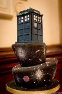Doctor Who Cake! (@Amanda Snelson Ivey - We need to try and make this over the summer!)