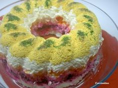 "Salad in ""layers"" for festive tables. It's a really delicious salad! It is like a cake, with lots of colors and flavors ! Tasty and impressive! Salad Cake, Egg Salad, Easy Cooking, Cooking Recipes, Dips, New Years Dinner, Rainbow Salad, Cold Dishes, Vanilla Cake"