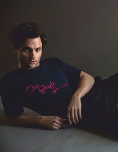 Da Man heads into the new year with cover star Penn Badgley. The You actor takes to the studio with photographer Mitchell Nguyen McCormack and stylist David Bonney. Sporting a mix of relaxed and tailored Dan Humphrey, Penn Badgley, Elizabeth Lail, Richard Gere, Matthew Mcconaughey, Famous Men, Fine Men, Hollywood Actor, Music Tv