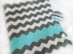 Crochet chevron baby blanket and hat in Aqua White and by PinkyRoo