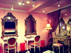 Valentine hair parlor ♥
