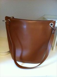 Coccinelle Bag brand new being sold by Laura