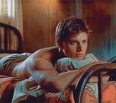 i would NEVERRR leave that bed. holy jensen