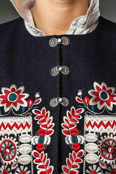 Lviv. Life. Work.: Traditional embroidery pattern