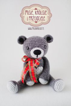 Huggy Bear made by misiekrolisie.pl pattern by  mojimojidesign Crochet amigurumi