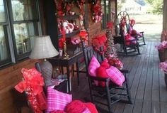 Valentine decorations can be perfect on your porch to create a great look. Shirl shows you how to easily transfer your holiday greens into outdoor valentine decorations. Plus we have some other decorated porches for Valentines Day. Roses Valentines Day, Valentine Day Wreaths, Valentines Day Decorations, Valentine Crafts, Valentine Ideas, Valentine Stuff, Holiday Decorations, Valentines Day Decor Outdoor, Funny Valentine