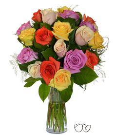 Ramo de 20 Rosas Variadas *Mi Reina* Para el Día de la Madre,  esa persona que siempre ha estado para ti cuando la has necesitado. Si te gusta algo suyo, ella te lo presta, si le pides tu comida favorita, ella te la hace…¡Envíale a casa un ramo de flores o de rosas y llena su día de color!