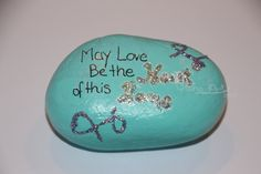 """Glitzer Stein """"May love be the heart of this home"""" von StoneArt2015 auf Etsy"""