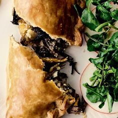 Jamie Oliver's recipe for Veggie Pasties filled with mixed veg is a clever vegetarian twist on a traditional British favourite. Veggie Recipes, Crockpot Recipes, Vegetarian Recipes, Dinner Recipes, Pescatarian Recipes, Veggie Food, Pie Recipes, Food Food, Scottish Recipes