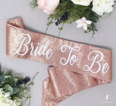 Bachelorette party with glitter – Bachelorette party – Future Mrs. Sash – Bridal band – Bachelorette party – Band with pink gold glitter Bachelorette Party Sash, Bachlorette Cakes, Bachelorette Party Pictures, Bachelorette Weekend, Party Banner, Outfits Fiesta, Future Mrs, Bride To Be Sash, Bridal Sash