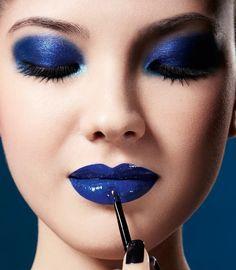 Barbara Emy Avon Lipstick, Lipstick Colors, Lip Colors, Monochromatic Makeup, Royal Blue Flowers, Flower Makeup, Perfect Lipstick, Blue Lips, Stunning Eyes