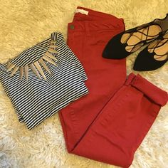 Rust colored pants Forever21 Rust colored pants from Forever21. Easy color to pair with different looks! Size 26 Forever 21 Pants