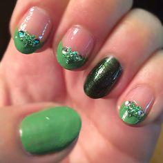 Glitter star rhinestone pearl teal green nail art design