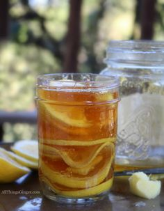 How to Make a Ginger Lemon Honey Tonic Recipe for Colds and Flu. This ginger lemon honey tonic works well in soothing the inflamed tissue, fighting infection, sore throat, cough, lung congestion and chills! Cold Remedies Fast, Natural Cold Remedies, Cough Remedies, Herbal Remedies, Health Remedies, Holistic Remedies, Ginger And Honey, Raw Honey, Fresh Ginger