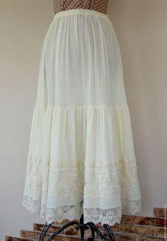 конкурс коллекций, конкурс с призами, лен, длинная юбка, юбка с кружевом, акция