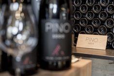 PINO 3000 im ice Q – der einzgartige Wein am Gaislachkogl - ice Q Restaurant in Sölden – Gourmetrestaurant auf 3.048 m Seehöhe Pinot Noir, Restaurant, Luxury, Life, Gourmet, Waiting Staff, Wine, Restaurants, Dining Room