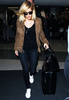 The Best Outfit Combinations to Wear to the Airport via @WhoWhatWear Who What Wear waysify