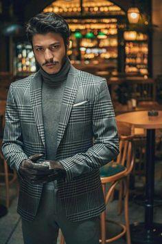 Turkish Men, Turkish Actors, Spanish Men, Aesthetic Makeup, Celebs, Celebrities, My Boys, Suit Jacket, Actresses