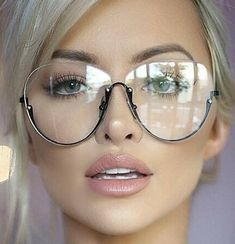 Funky Glasses, Big Glasses, Girls With Glasses, Glasses Frames, Glasses Style, Eyewear Trends, Fashion Eye Glasses, Womens Glasses, Blond