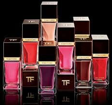 Every detail counts, This extra-amplified, gloss and shine nail lacquer, in a wardrobe of shades, lets express your mood and complete your look with Tom Ford Collection. Join Kaya Glamour for all updates about Products Luxury Beauty, Beauty Bar, Beauty Make Up, Marca Versace, Beauty Express, Tom Ford Makeup, Tom Ford Beauty, Artists And Models, How To Do Nails