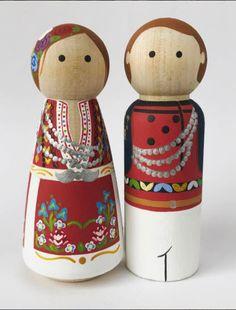 Wooden Blocks Toys, Wooden Pegs, Wood Toys, Wood Peg Dolls, Clothespin Dolls, Cork Crafts, Craft Stick Crafts, Crochet Christmas Garland, International Craft