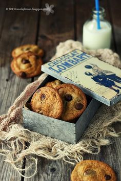 Homemade cookies, and pretty tin.  Thank-you.