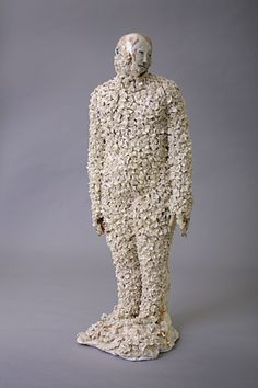 'Momento Mori' (2010) by Irish artist and sculptor Claire Curneen (b.1968). Ceramic. via the artist's site