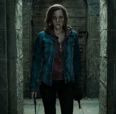 "hermione granger (emma watson), ""harry potter and the deathly hallows"""