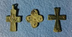 Guttus Auction 14: 102 - Byzantine, Lot of 3 Bronze Cross Pendants, c. 10th-14th century AD - Dea Moneta