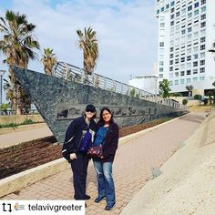 Greeter Laila with visitor from North Carolina in Tel Aviv's seaside London Square, which is named as a tribute to the brave residents of London who. London Square, The Blitz, Tel Aviv, Palestine, North Carolina, Seaside, Israel, Brave, Tourism