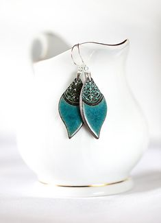 Turquoise dangle earrings Turquoise ceramic von ZuDesignJewelry