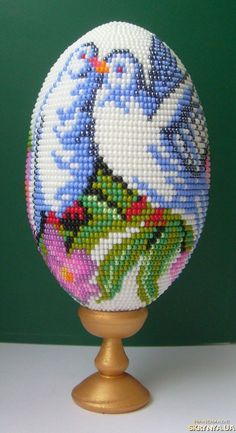 Eye Candy - Beautiful Beaded Easter Eggs   by Petrichenko Svetlana (Петриченко Светлана)  featured in Bead-Patterns.com Newsletter!