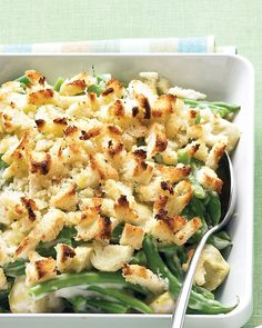 A green bean casserole updated with artichokes adds spark to weeknight meals or your holiday table.Recipe: Green Bean and Artichoke Casserole Vegetarian Casserole, Vegetable Casserole, Easy Casserole Recipes, Green Bean Casserole, Noodle Casserole, Vegetable Side Dishes, Vegetable Recipes, Veggie Side, Veggie Box