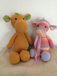 2 lovely Dragons by Yvette vd Vossen