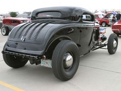 Larry Roller's '32 3-window coupe - Hot Rod Network