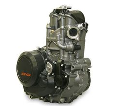 Singles The internal combustion engine doesnat get any simpler than this; one big cylinder thumping away to create power. Ktm 690, Triumph Sports Bike, Sport Bikes, New Yamaha Fz, Yamaha Engines, Engineering Works, Combustion Engine, Motorcycle Engine, Triumph Bonneville