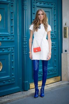White tunic, blue leather leggings, red purse- the blonde salad