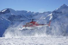 Awesome heliski sessions in Switzerland! HB-ZEI d'Heliswiss.Pilote Michael Gille images ©