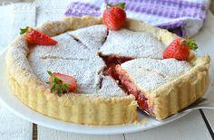 Strawberry pie (crostata di fragole americana), un guscio croccante di pasta brisè fatta in casa ed un ripieno cremoso alle fragole, un dolce davvero goloso