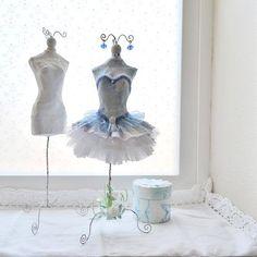 Dress form doll